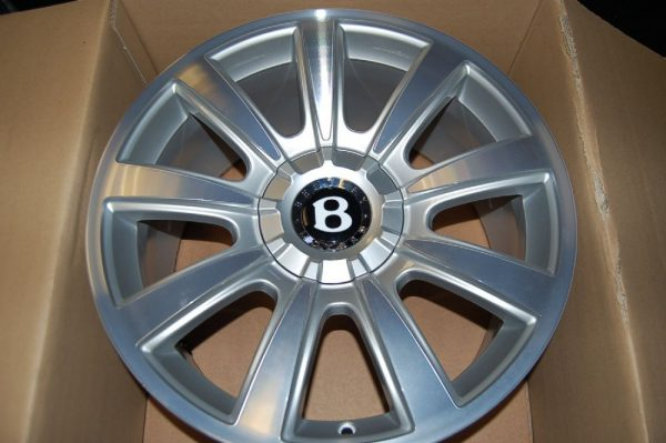 "<span class=""light"">Bentley</span> Continental GT 19 Accessory wheel"