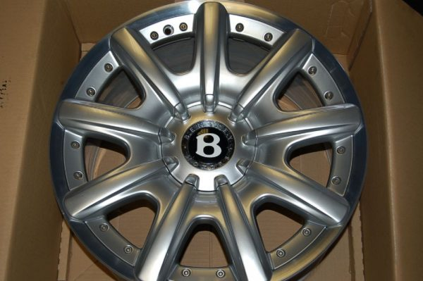 "<span class=""light"">Bentley</span> Continental GT Wheel Set"