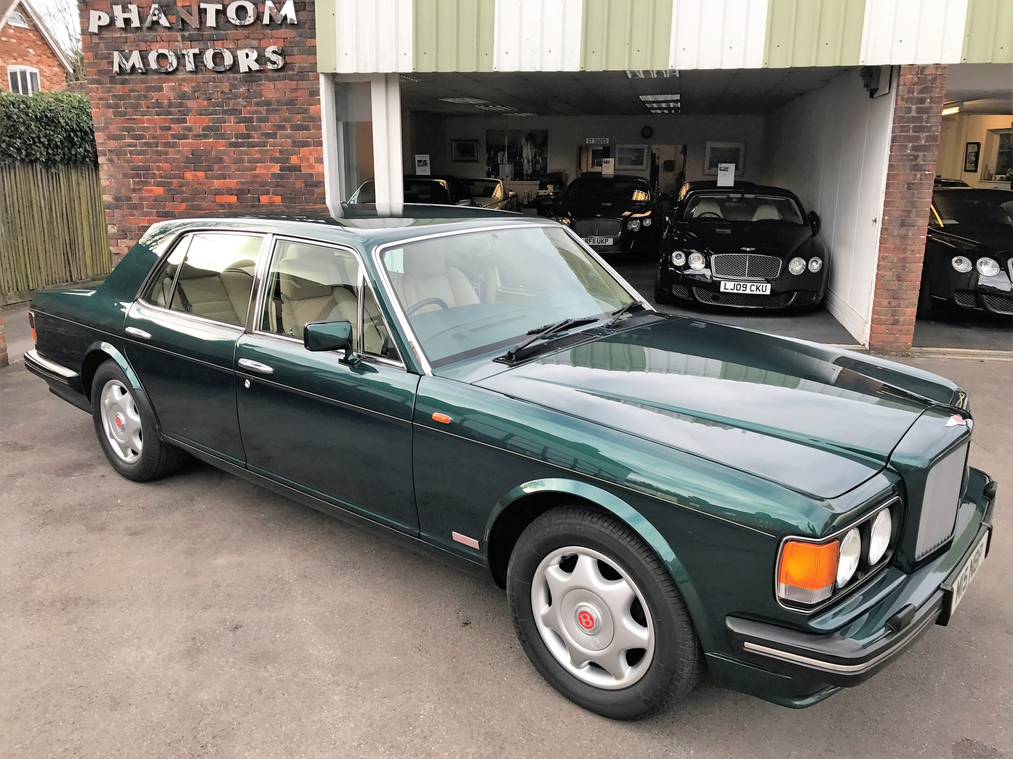 rolls img sale royce htm for and bentley phantom bentleys